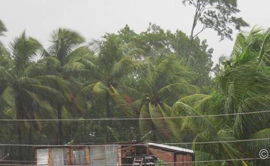 Bão Roanu đổ bộ Bangladesh, ít nhất 23 người thiệt mạng