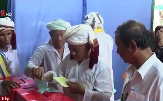 Không khí bầu cử của đồng bào Chăm vùng hạn Bình Thuận