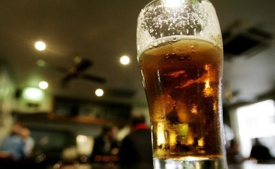 Pháp cân nhắc cấm rượu bia tại Lens trong dịp EURO 2016