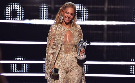 VMA 2016: Beyonce thống trị với 8 giải, Adele trắng tay ra về
