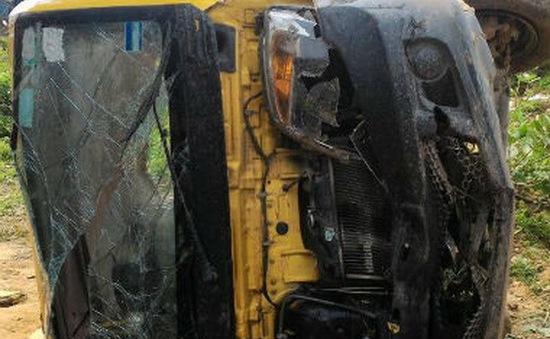 Ấn Độ: Va chạm xe bus và tàu hỏa, 9 người thiệt mạng