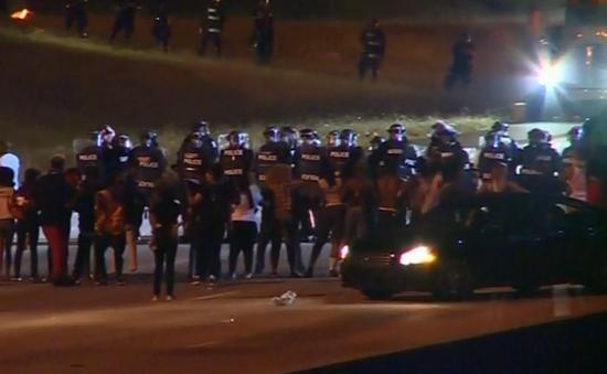 Bạo loạn sau vụ cảnh sát Mỹ bắn người da màu
