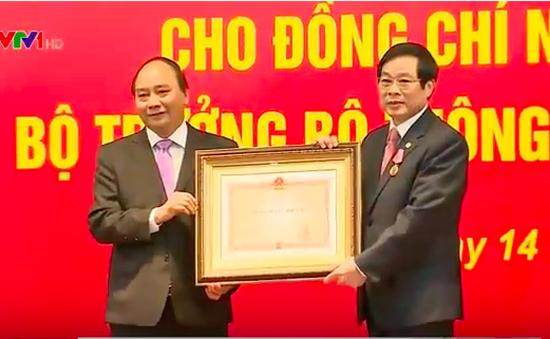 Thủ tướng trao Huân chương Độc lập hạng Nhì cho ông Nguyễn Bắc Son
