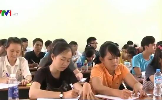 Đằng sau câu chuyện bỏ đại học của sinh viên ĐH Nông Lâm TP.HCM