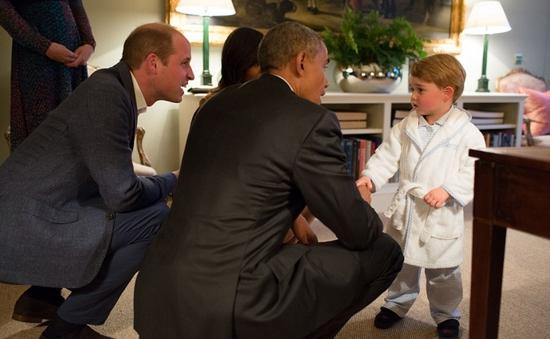 Bộ quần áo ngủ của Hoàng tử Anh bán hết trong 60 giây