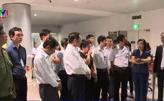 Bộ Y tế kiểm tra công tác phòng chống Zika tại sân bay Tân Sơn Nhất