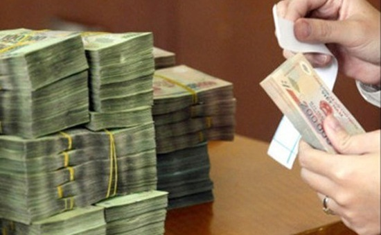 Ngân sách bội chi gần 5 tỷ USD