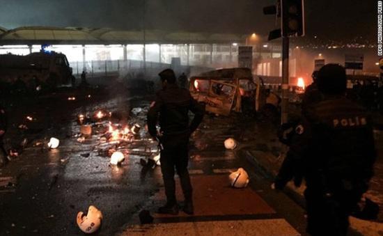 Một trong hai vụ nổ tại Thổ Nhĩ Kỳ nghi là đánh bom liều chết