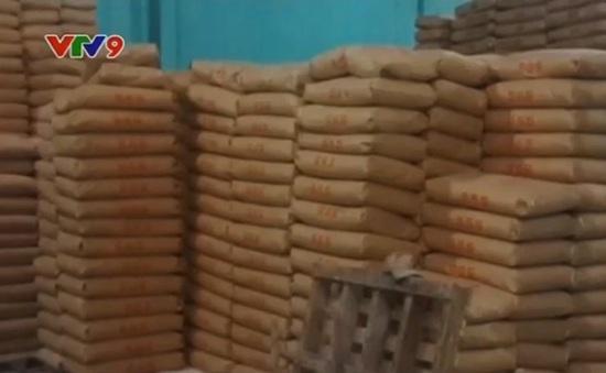 Bắt hơn 140 tấn bột mì hết hạn sử dụng, không nhãn mác