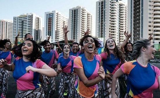 Người dân Brazil háo hức chào đón Olympic 2016