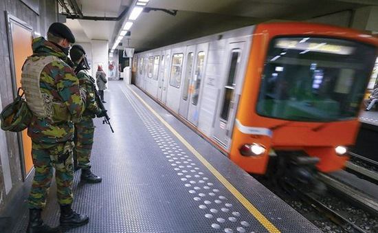 Hệ thống tàu điện ngầm ở Brussels (Bỉ) hoạt động trở lại