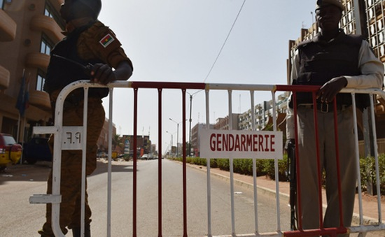 Vụ tấn công khách sạn tại Burkina Faso: Vẫn còn 3 đối tượng đang lẩn trốn