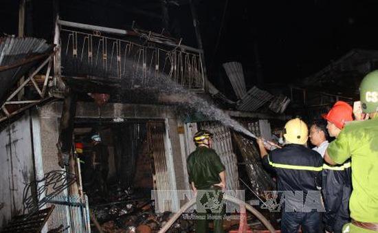 Vụ cháy nghiêm trọng ở Cà Mau: Người dân bức xúc với công tác chữa cháy