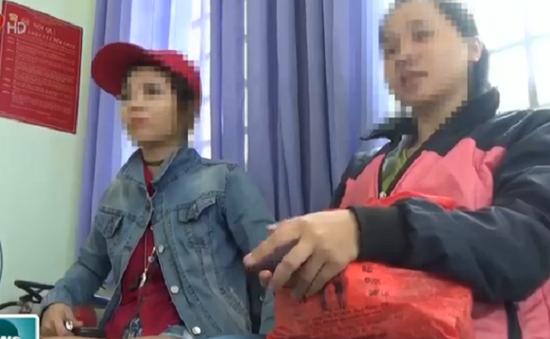 Giải cứu 2 cô gái bị lừa bán vào quán cà phê chòi tại Bình Dương