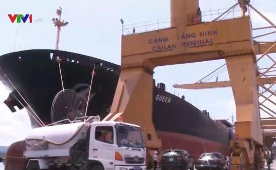Thiếu phương tiện xử lý rác thải tàu biển