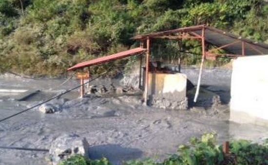 Cao Bằng: Vỡ bể chứa thải nhà máy chì kẽm gây ô nhiễm nặng