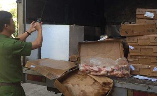 Phát hiện hơn 200kg thịt đông lạnh quá hạn tại TP.HCM