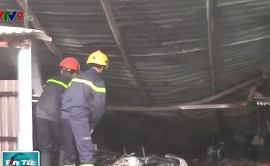 Bình Dương: Cháy lớn thiêu rụi nhà xưởng DN thủ công mỹ nghệ