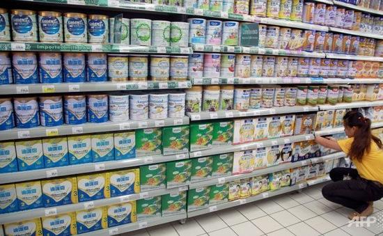 Trung Quốc triệt phá đường dây làm giả sữa bột Similac