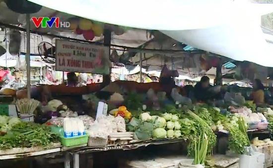 Mặt hàng ăn uống tiếp tục giữ giá, CPI tăng thấp