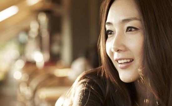 Choi Ji Woo ký tiếp hợp đồng với công ty Hiphop