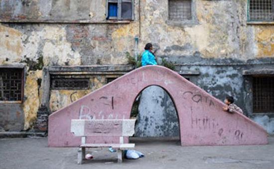 Hà Nội: Triển khai rà soát nhà ở, công trình cũ nguy hiểm