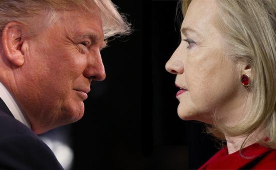 """Donald Trump vượt mặt Hillary Clinton: Có đơn giản là """"đục nước béo cò""""?"""