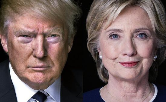 """Vì sao tỷ phú Donald Trump """"vượt mặt"""" bà Hillary Clinton?"""