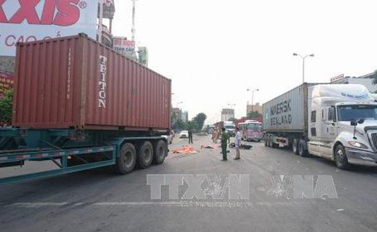 Hải Phòng: Va chạm xe container, 2 anh em ruột thiệt mạng