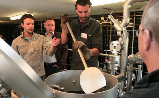 Khám phá trường dạy làm bia tại Đức