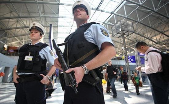 Đức bắt 3 nghi phạm IS âm mưu tấn công khủng bố