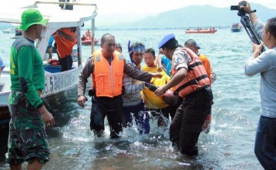 Indonesia: Nổ phà du lịch ở Bali, hàng chục người thương vong