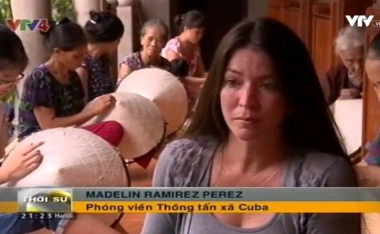 Phóng viên Cuba làm phim về Việt Nam sau 30 năm đổi mới