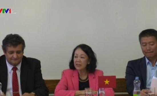 Trưởng Ban Dân vận Trung ương Trương Thị Mai thăm Cộng hòa Czech