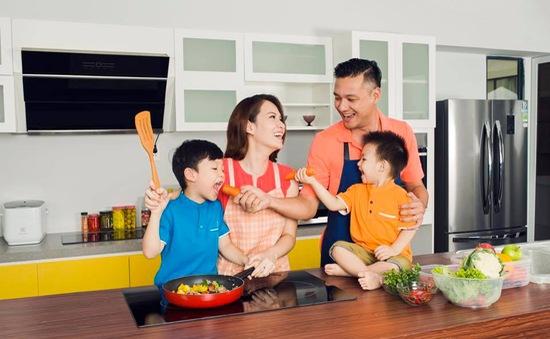 MC Đan Lê chia sẻ bí quyết làm bạn với con