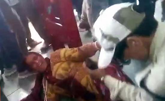 Ấn Độ: Bị hành hung vì nghi buôn lậu thịt bò