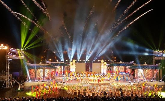 THTT lễ bế mạc Festival Huế 2016 (20h, VTV8)