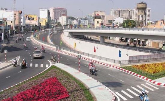 Điều chỉnh quy hoạch Khu trung tâm để làm đường ven sông Sài Gòn