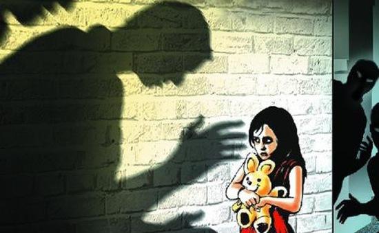 Báo động thực trạng tung hình ảnh lạm dụng tình dục trẻ em trên mạng