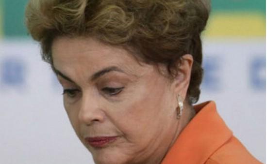 Kinh tế suy thoái - ngòi nổ cho cuộc khủng hoảng chính trị ở Brazil