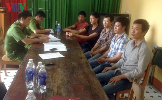 Vụ phá rừng pơ mu khu vực cửa khẩu Nam Giang: Thêm 5 đối tượng đầu thú