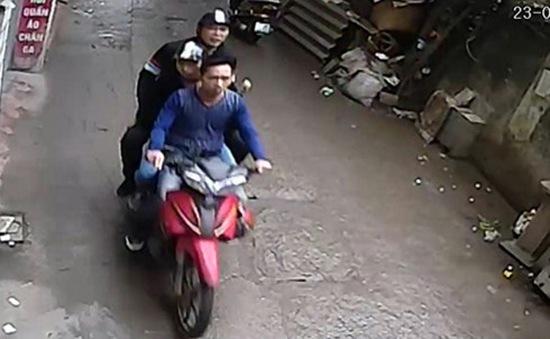 Xác định 3 nghi phạm hành hung nhà báo Đỗ Doãn Hoàng