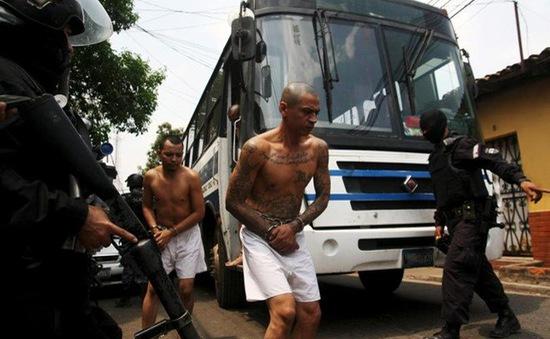 El Salvador đối phó tội phạm đường phố
