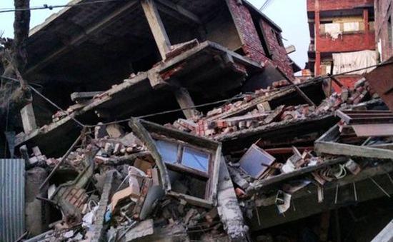 Ít nhất 9 người thiệt mạng do động đất tại Nam Á