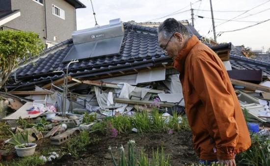 Người dân Nhật Bản chưa hết bàng hoàng sau trận động đất
