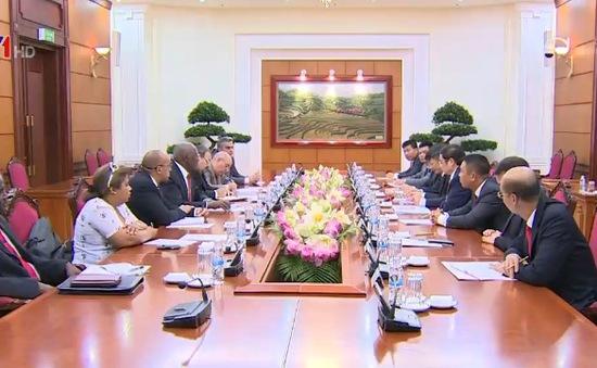 Đồng chí Phạm Minh Chính tiếp Phó Chủ tịch Hội đồng Nhà nước Cuba