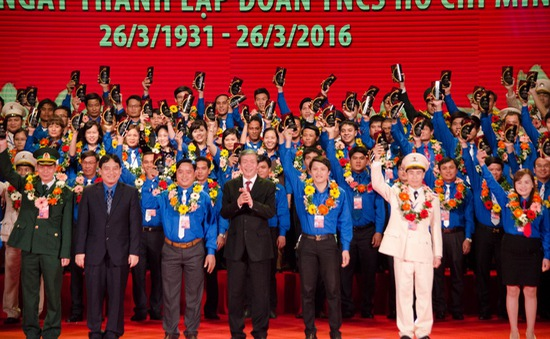 Trao giải thưởng Lý Tự Trọng và kỷ niệm 85 năm thành lập Đoàn TNCS Hồ Chí Minh