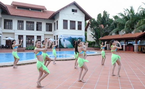Thí sinh Hoa hậu Biển Việt Nam đầy năng lượng tập flashmob