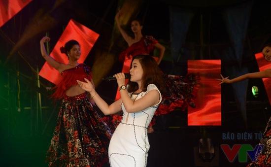 Dàn sao cháy hết mình trong đêm bán kết Hoa hậu Biển Việt Nam 2016