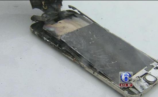 Điện thoại iPhone phát nổ trong túi quần sinh viên ở Mỹ